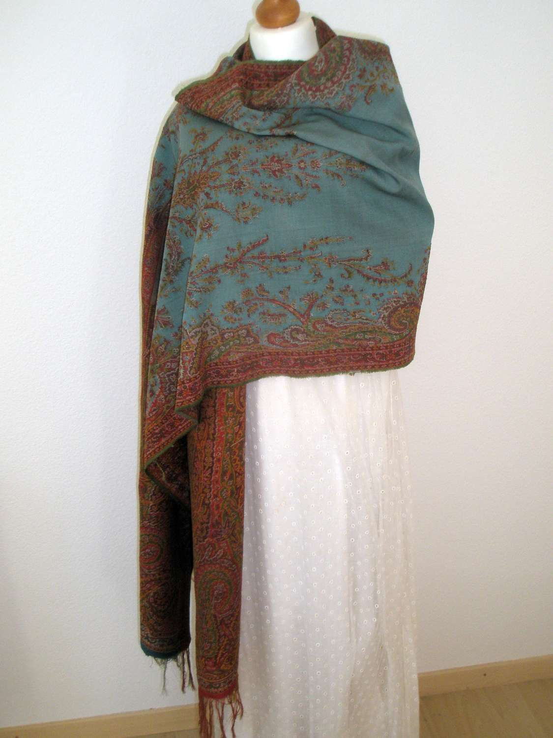 An early 19th century Paisley long shawl. French 1830s