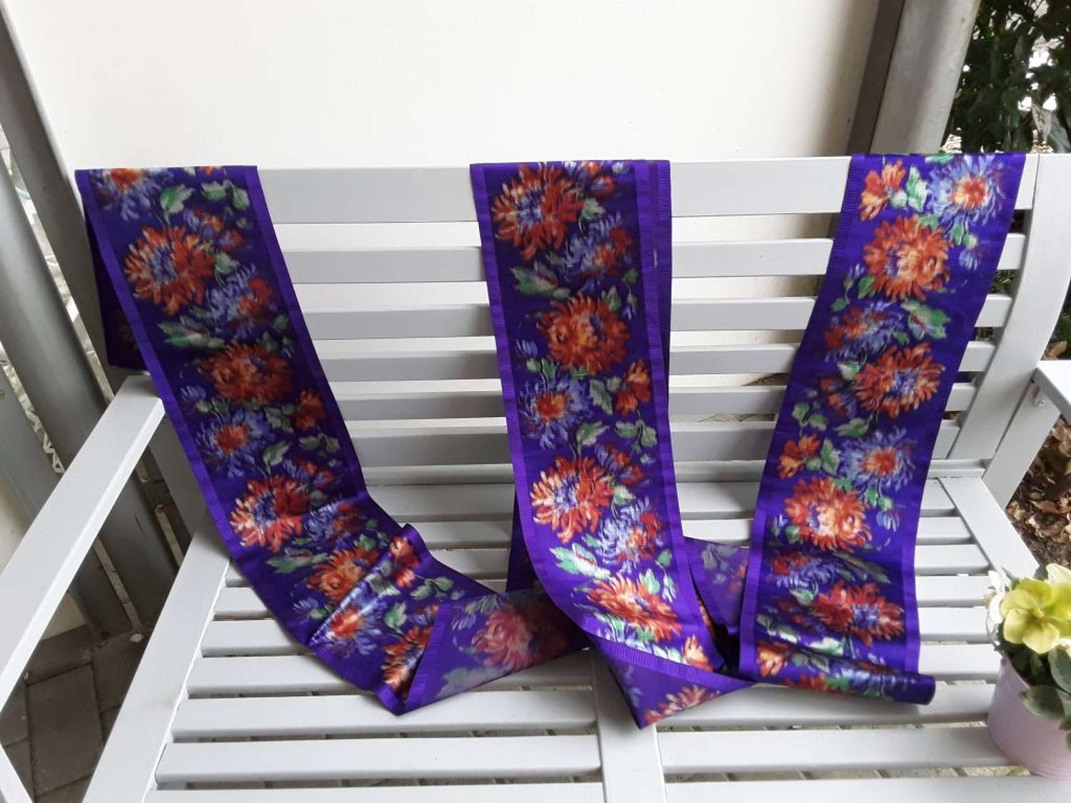 Spectacular purple floral silk thick silk ribbon. French late 1800s